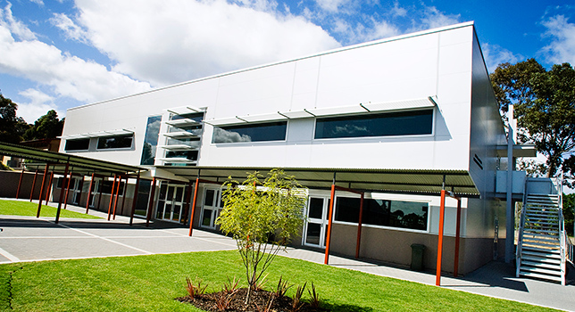 Research-science_rostrevor-college-technology-centre-1